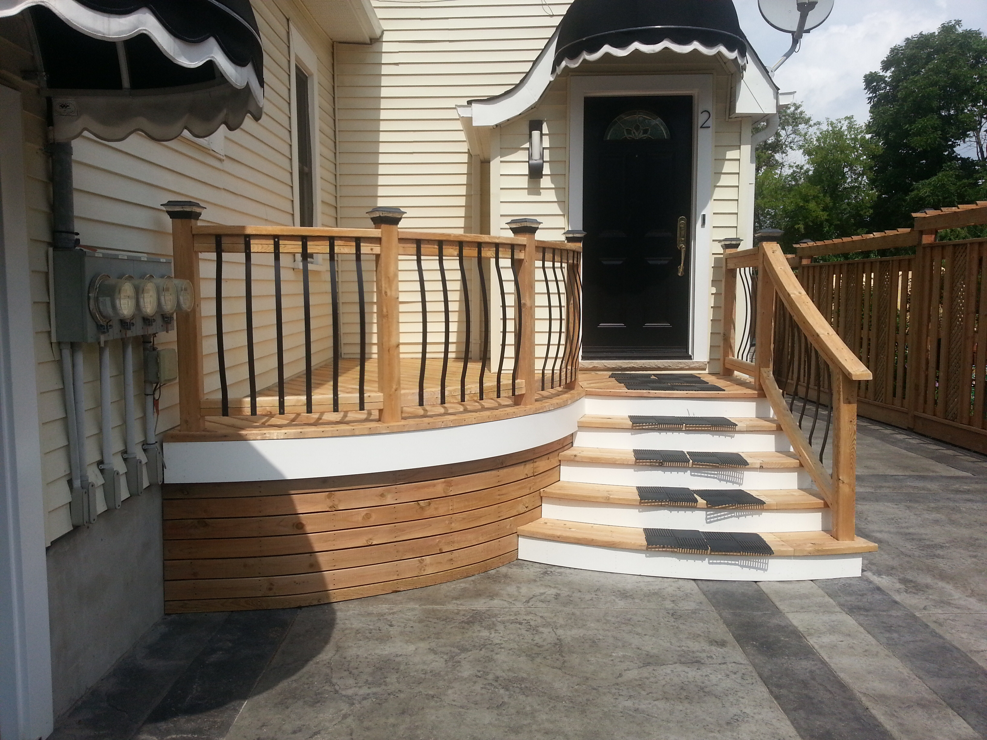 Best Deck Stain Color With Yellow Siding Photos Forums